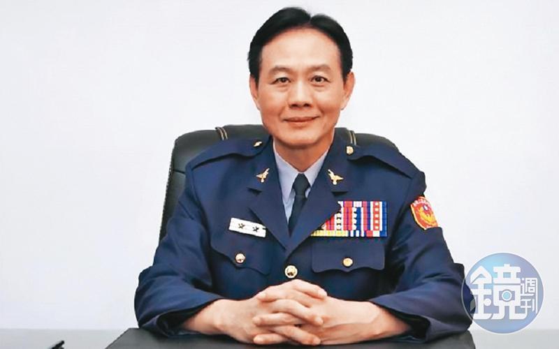 甫卸任的台南市警局長周幼偉,也買了怡安公司股票。