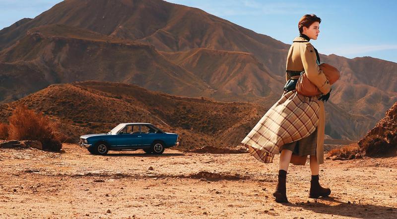 本季WEEKEND Max Mara秋冬形象廣告以上世紀女性探險家們對於冒險的渴望,及拋開對社會傳統框架展開冒險的故事為題。(華敦國際提供)