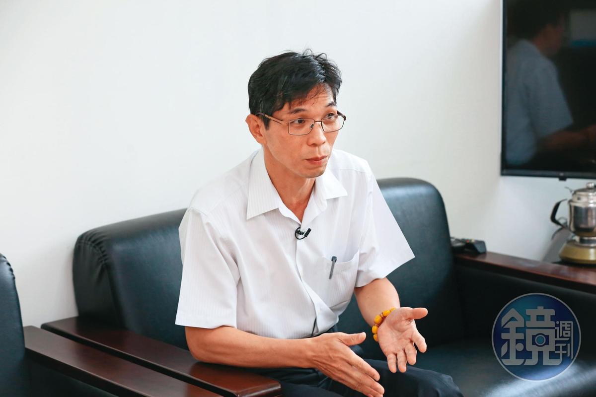 法醫研究所祕書室主任曾信棟(圖)說,大量遺骸、檢體已在去年超渡、火化。