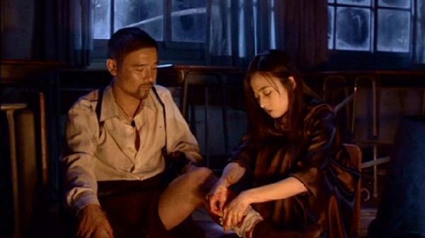 百想影帝任昌丁(左)主演的《時失兩公里》當年在韓國賣出新台幣2億元票房。(翻攝自daum movie)