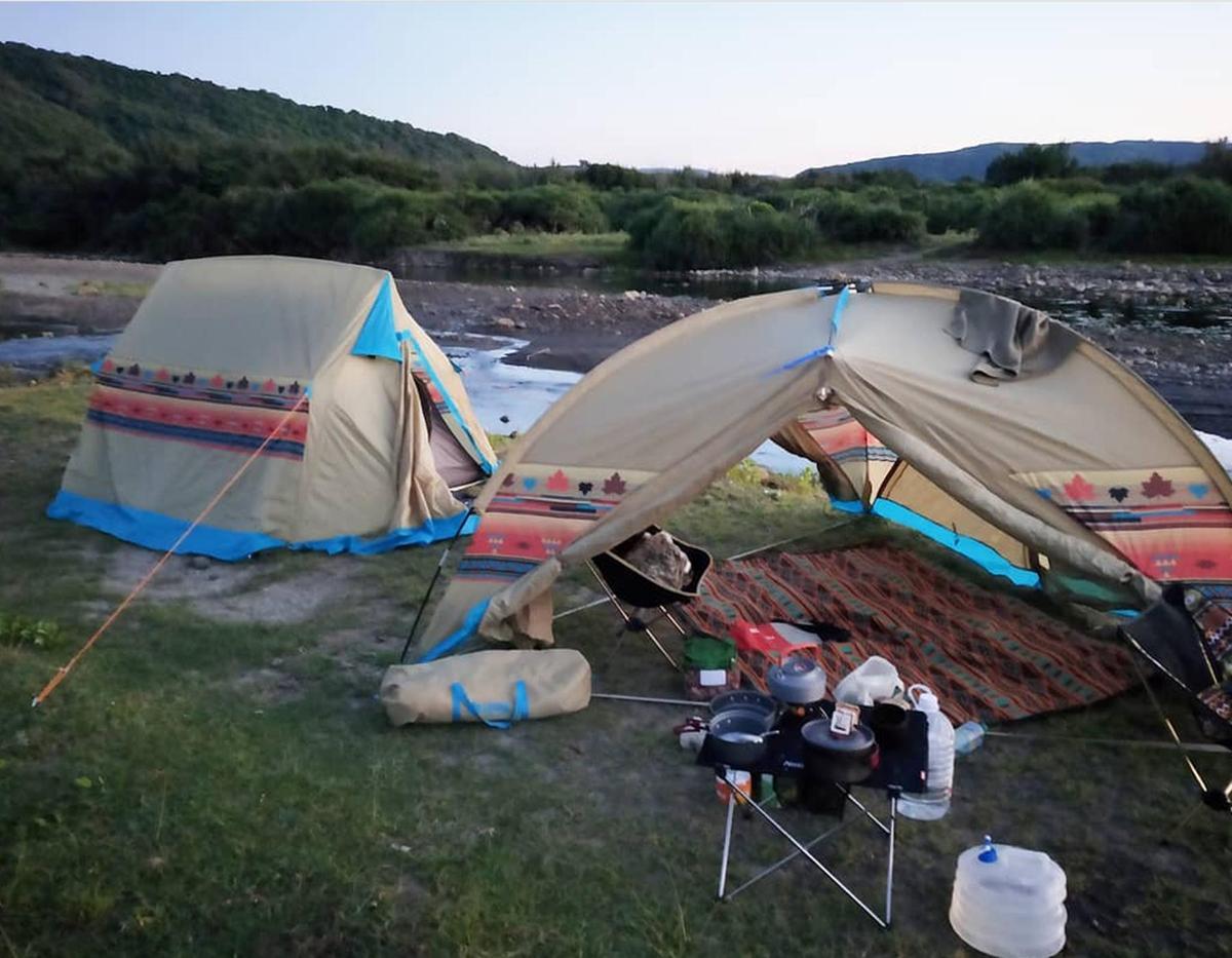 意想不到吧!李依瑾展開環島奇幻旅程,偶爾過著隨興野營的生活。