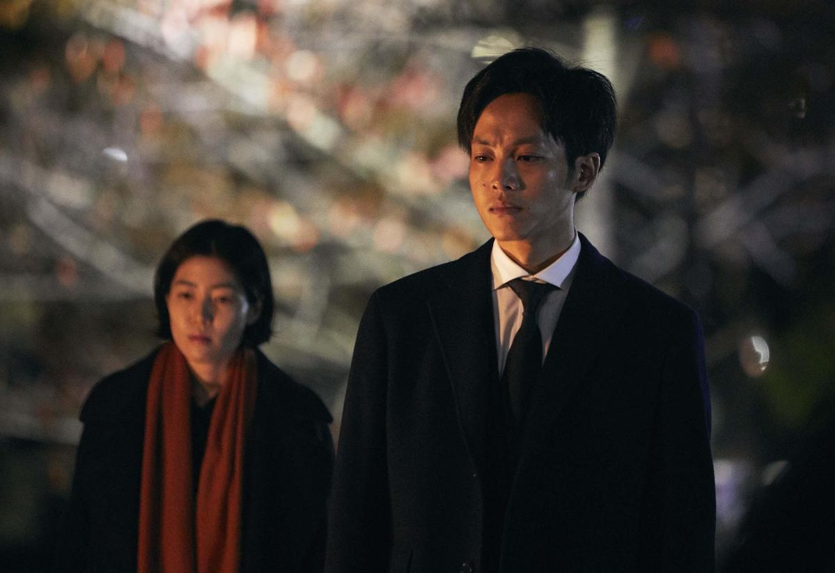 《新聞記者》電影版由松坂桃李、沈恩敬主演。(天馬行空提供)