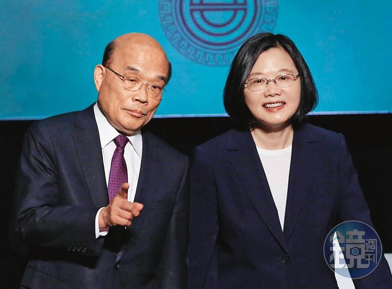 台美展開高階經貿對話,府院聯手布局,總統蔡英文(右)與行政院長蘇貞昌(左)都說,要讓台灣成為全球供應鏈重整中的關鍵力量。