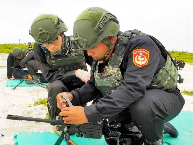 海巡官兵家屬控載運官兵的包機飛越解放軍軍演空域,海巡署澄清絕非事實。(海巡署提供)