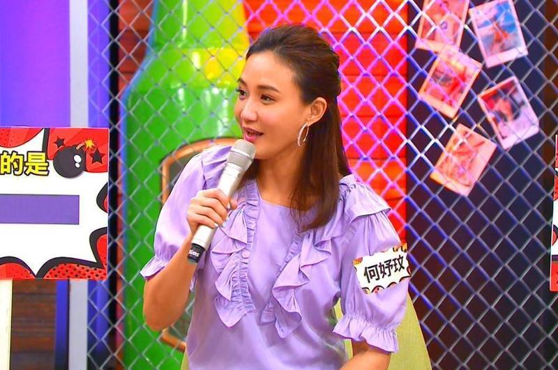 何妤玟因離婚不能曝光,曾躲在atm前爆哭,引來警衛關心。(TVBS提供)