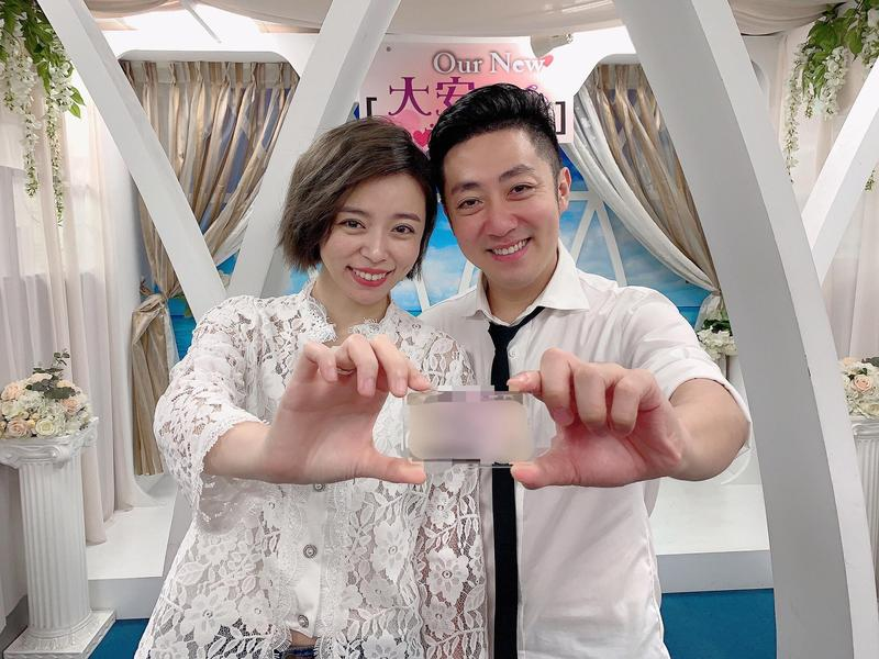 艾成與王瞳今年7月登記完婚。(民視提供)