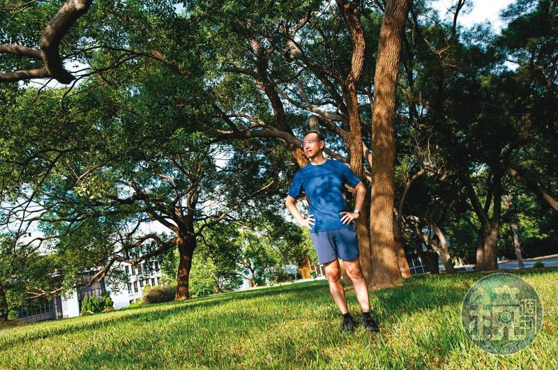 課程講到「報償與成癮」單元時,焦傳金會以跑步來舉例正面的成癮,他本身也熱愛慢跑。