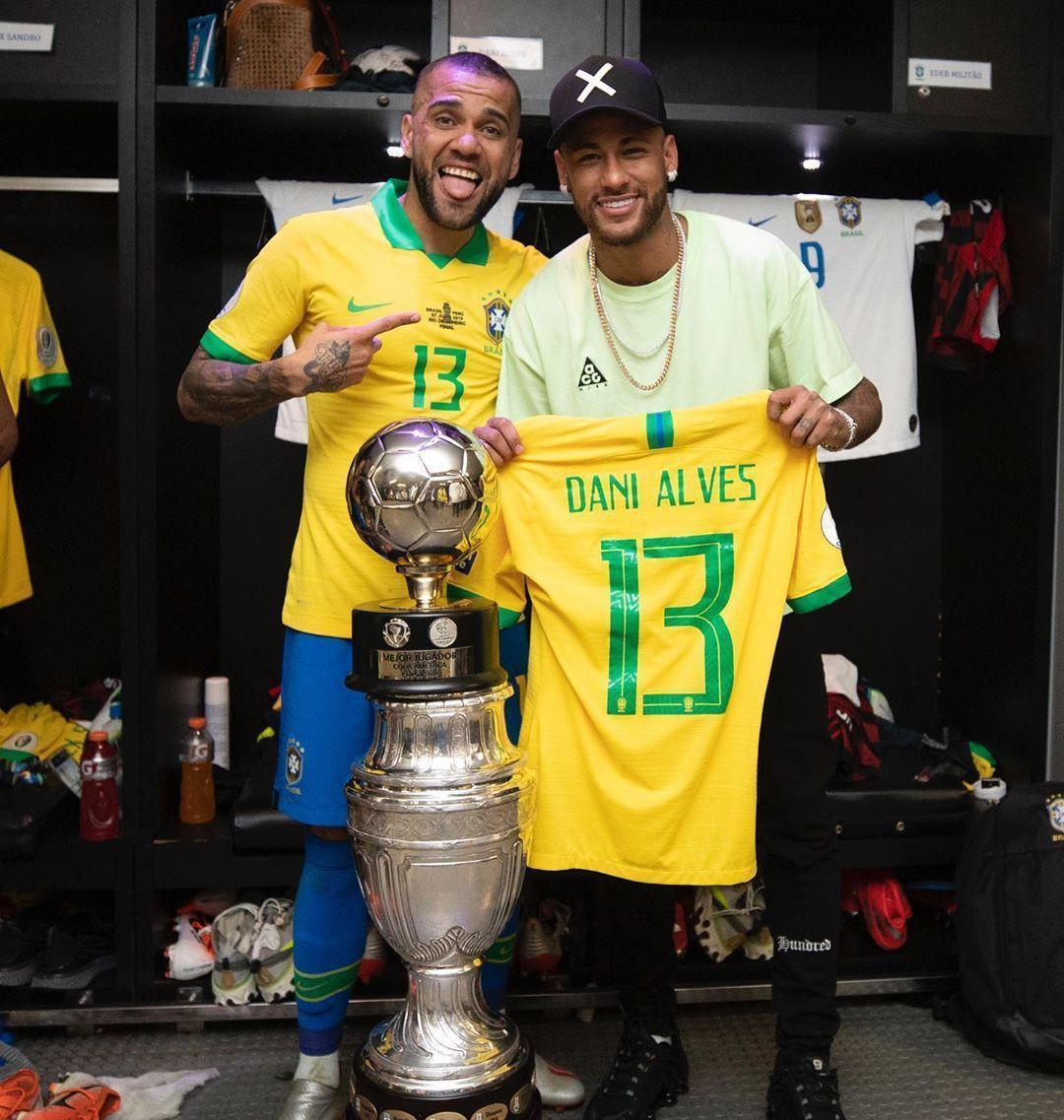 內馬爾也是巴西國家隊成員,但他因傷退出美洲盃,巴西總教練卻說這對巴西隊是好事。(翻攝自內馬爾IG)