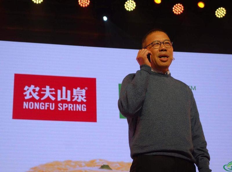 擠下馬雲瓶裝水大亨鍾睒睒成中國新首富