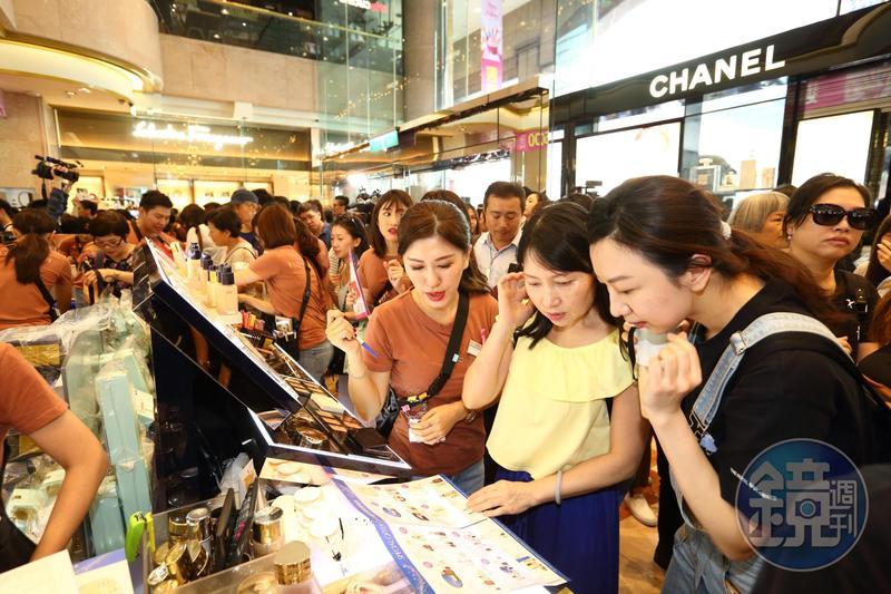 週年慶優惠商品琳瑯滿目,跟著專家聰明消費省最多。