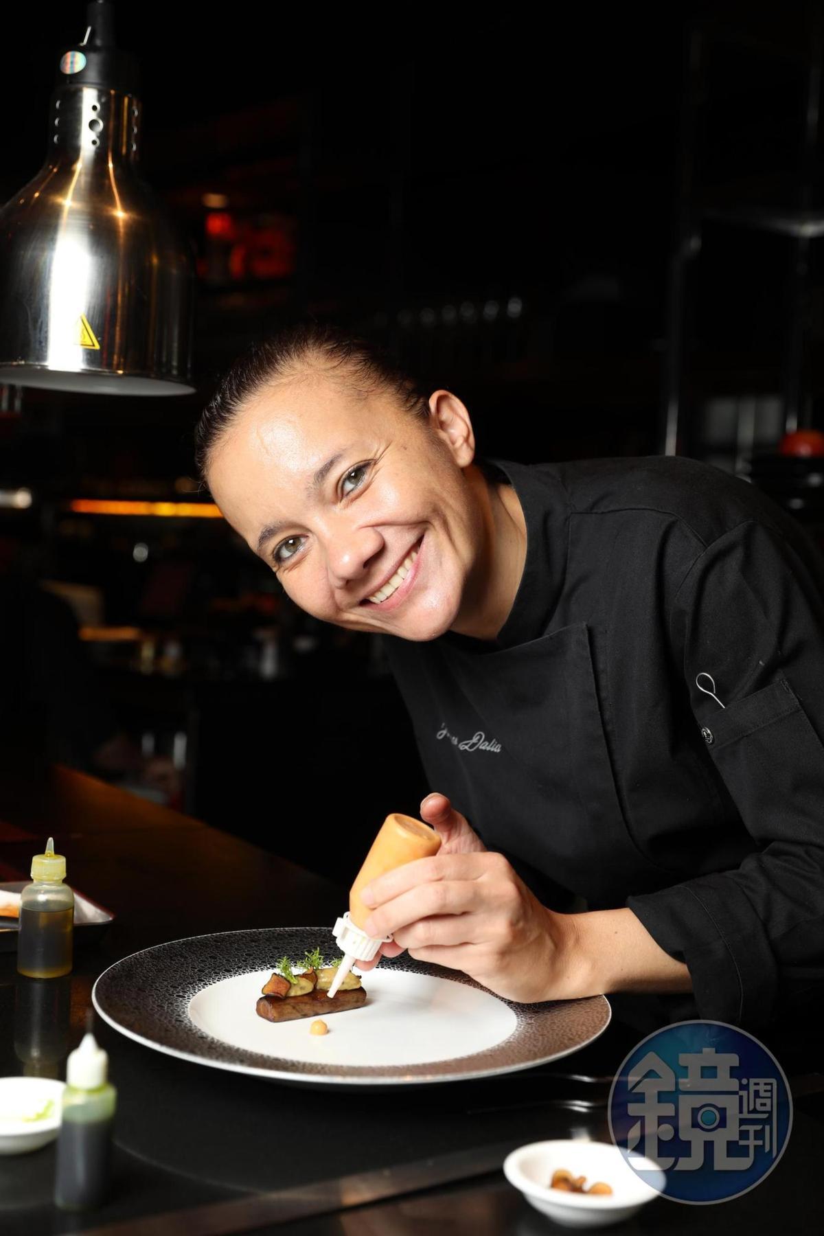 新任主廚Florence Dalia,是侯布雄集團亞洲區唯一摘星女主廚。
