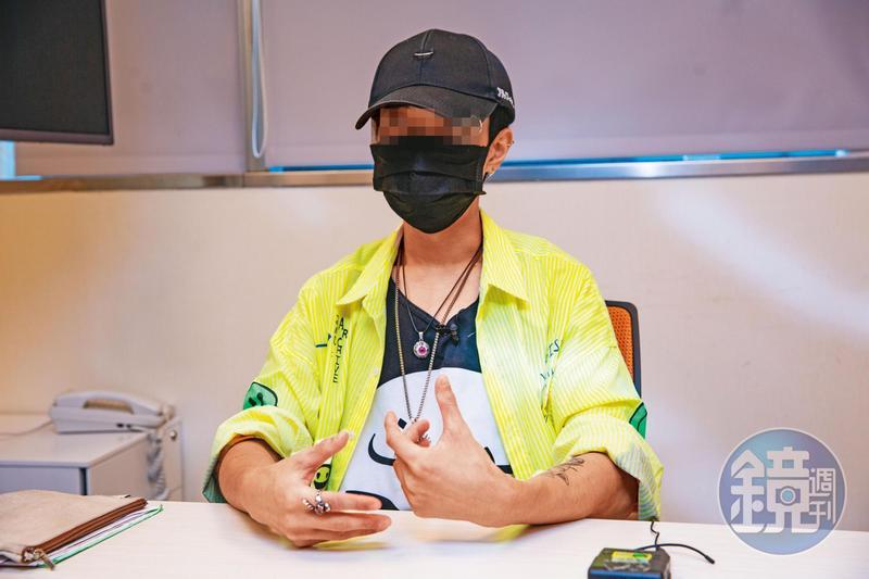 朱智德畢業於台大,目前是陽明大學醫學院碩士生,是大家眼中的學霸。