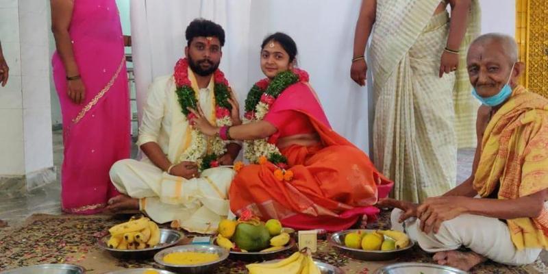 不同種姓的新貴男女私奔,於今年6月結婚,較高種性的女方親屬不滿,買凶殺人。(翻攝自Cyberabad police)