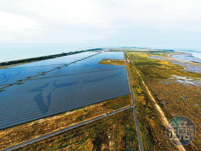 農地新政策在2025年前將可帶來上兆元的投資金額,低迷多年的台灣太陽能產業有機會鹹魚翻身。
