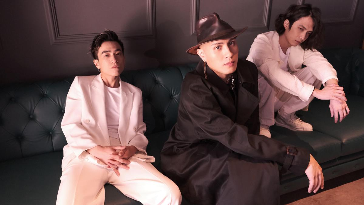 JADE與YELLOW黃宣對音樂的嗅覺、聽覺都極端相似,3人頓覺「找到同類」。愛貝克思提供)
