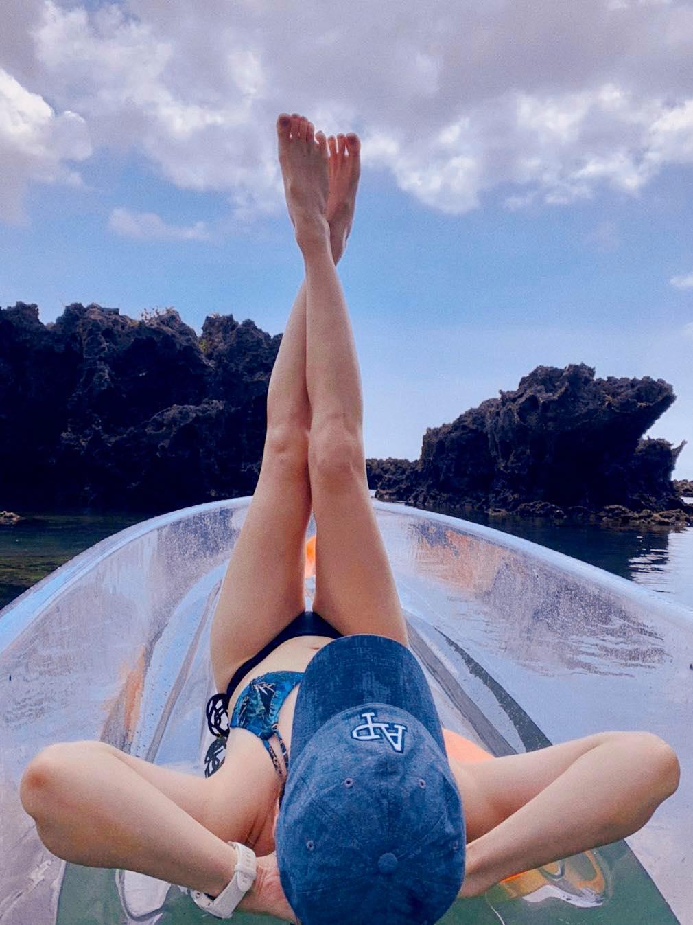 吳宇舒大秀長腿和好身材,粉絲大讚「台灣最美的風景」。(翻攝自吳宇舒臉書)
