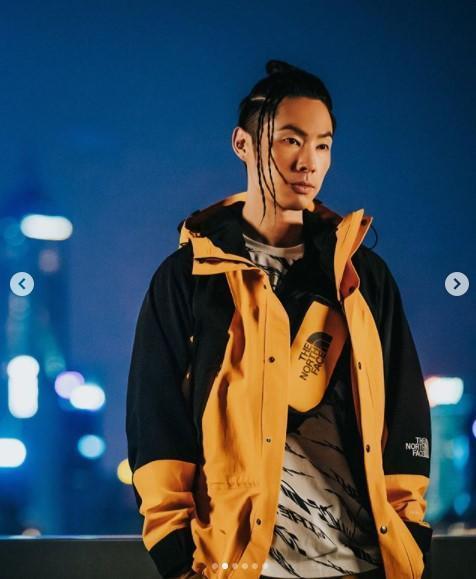 吳建豪常在社交平台與粉絲互動,他今天上傳新照,顏值、身材保養得相當好。(翻攝自吳建豪IG)