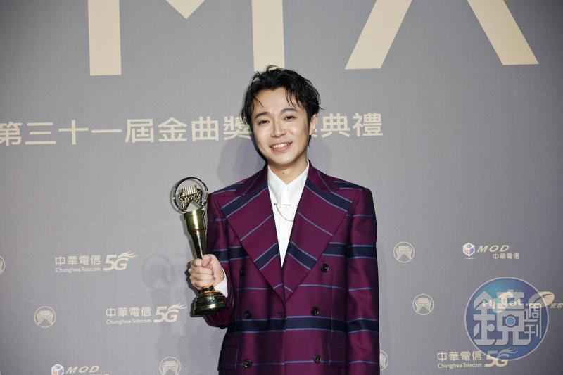 吳青峰首度入圍歌王,就榮登金曲31歌王寶座。