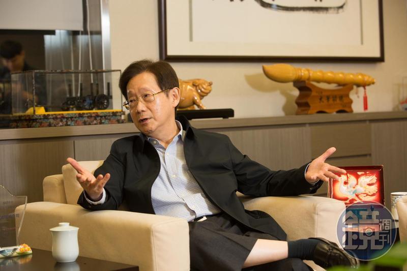 台苯董事長林文淵受邀,代表大同市場派角逐董事長大位。