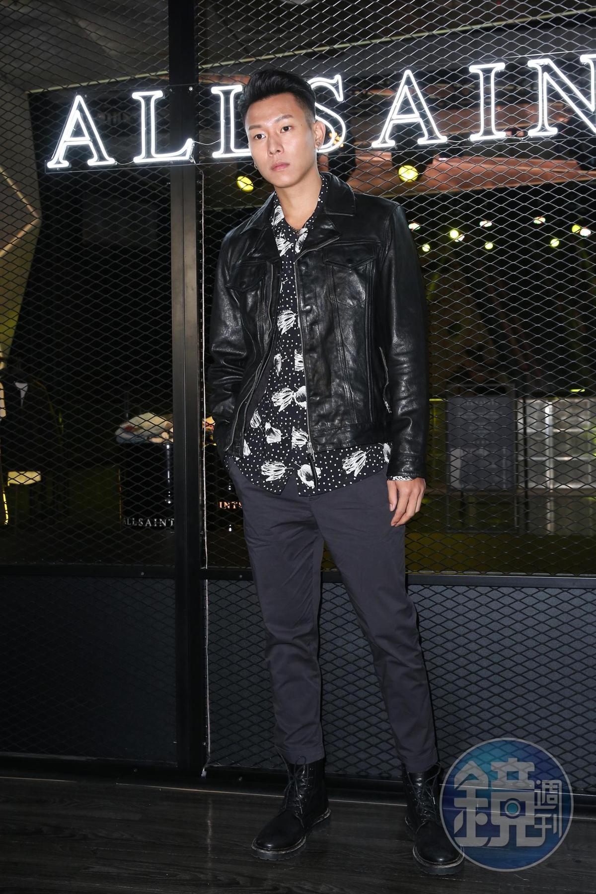 皮衣是瘦子冬天的必備單品,他說:「我喜歡簡單的設計,愈簡單愈好搭配,出門前一抽就走,不需要去想要穿什麼。」