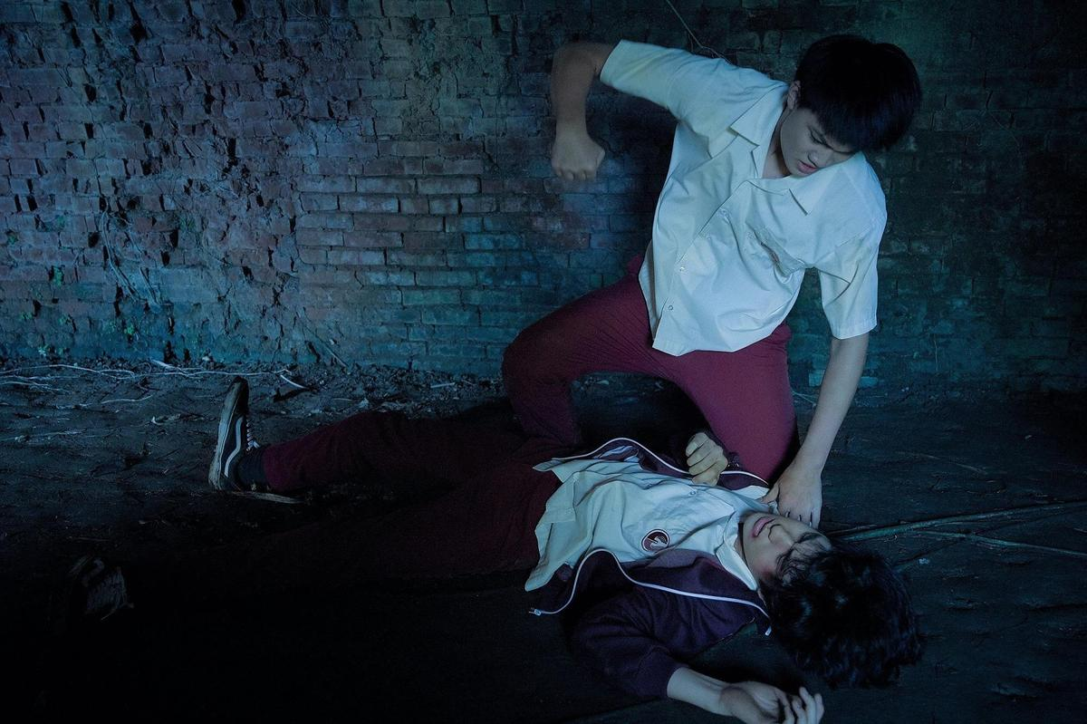 劉子銓在一場衝突戲不慎重擊金玄彬眼睛,對方因而緊急送醫檢查,幸無大礙。(威望提供)