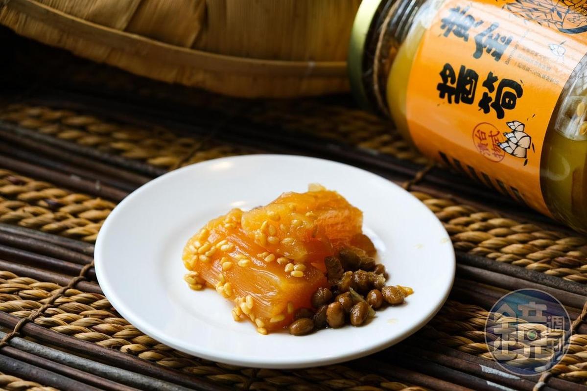 古坑大埔榮獲2019年雲林良品伴手禮首獎的「黃金醬筍」。(220元/瓶)