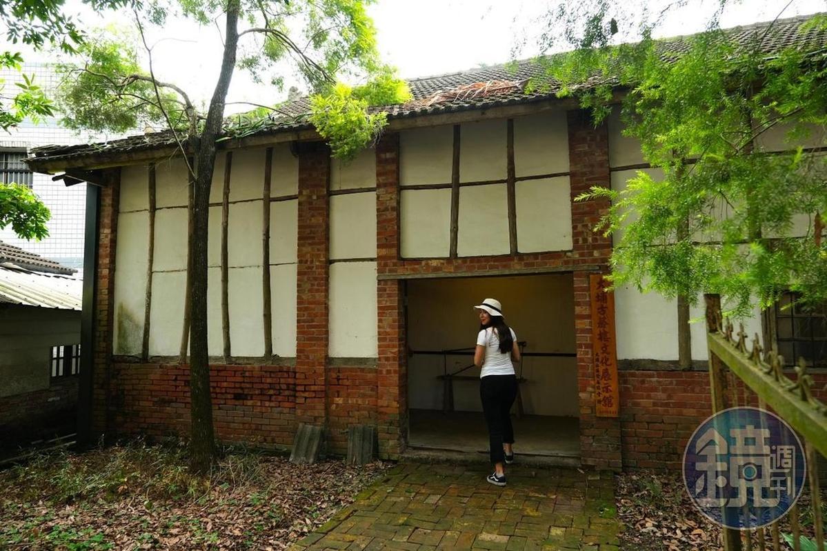 雲林古坑大埔社區裡唯一一棟保留下來的菸樓。