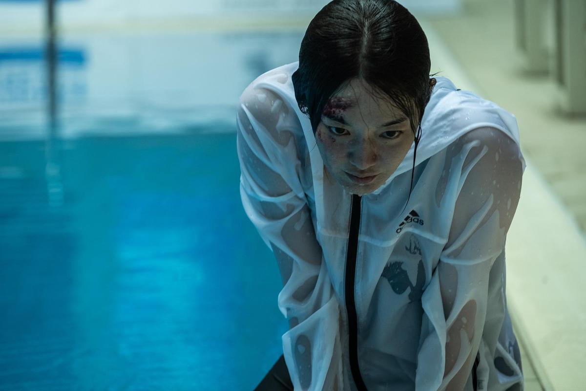 《詭憶》怡玲再跳水天后的盛名底下,隱藏著巨大的心理壓力。(采昌國際)