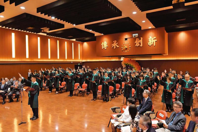 該名學員為司法官班60期,去年9月間始業典禮曾宣誓「陶冶高尚司法品德,絕不怠惰」。圖中非當事人。(翻攝自法務部官網)