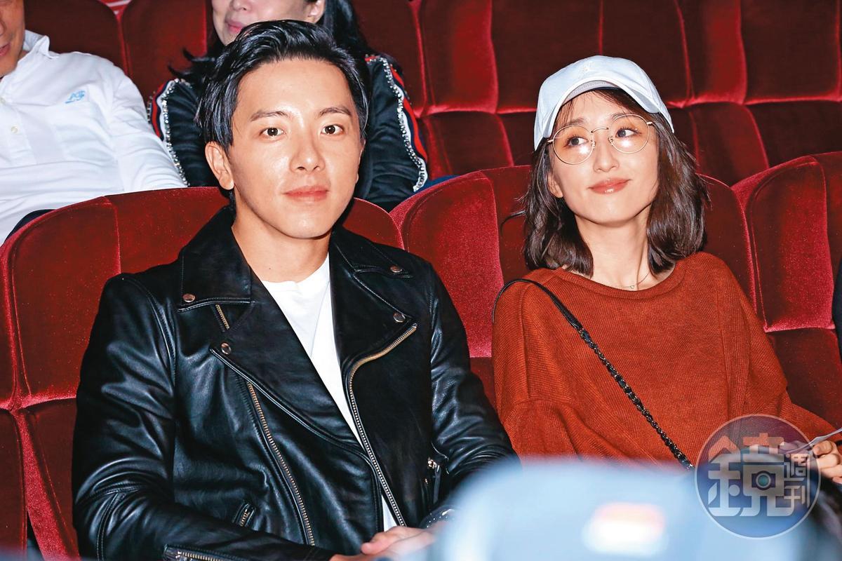 坤達(左)與老婆柯佳嬿出席陶晶瑩演唱會,近來坤達轉戰綜藝圈有成,陸續接下2個外景節目。