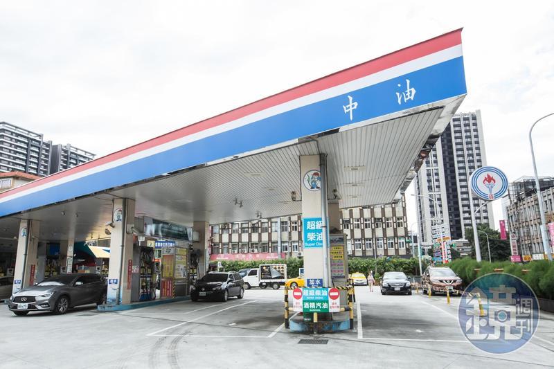 中油今(18日)宣布明(19日)凌晨0時起汽油價不變,柴油漲0.1元。(示意圖,本刊資料照)