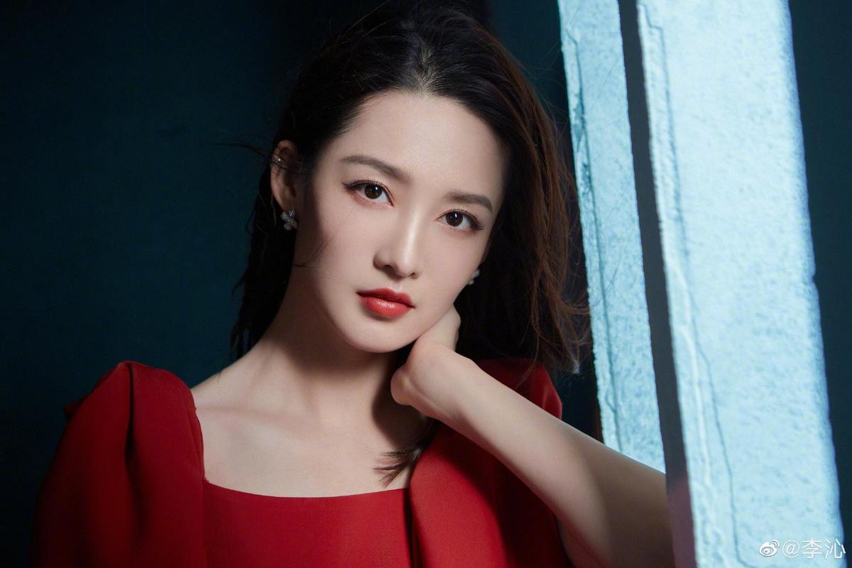 被稱為「雞腿姑娘」的李沁,雖然第一季角色戲份不重,但還是有粉絲力挺她演出。(翻攝自李沁微博)
