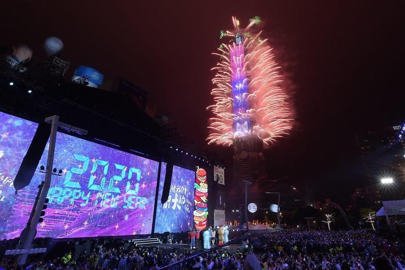 眾人期待的台北跨年晚會,今年可能因為疫情停辦嗎?觀傳局長劉奕霆解釋了。(翻攝自台北市觀傳局)