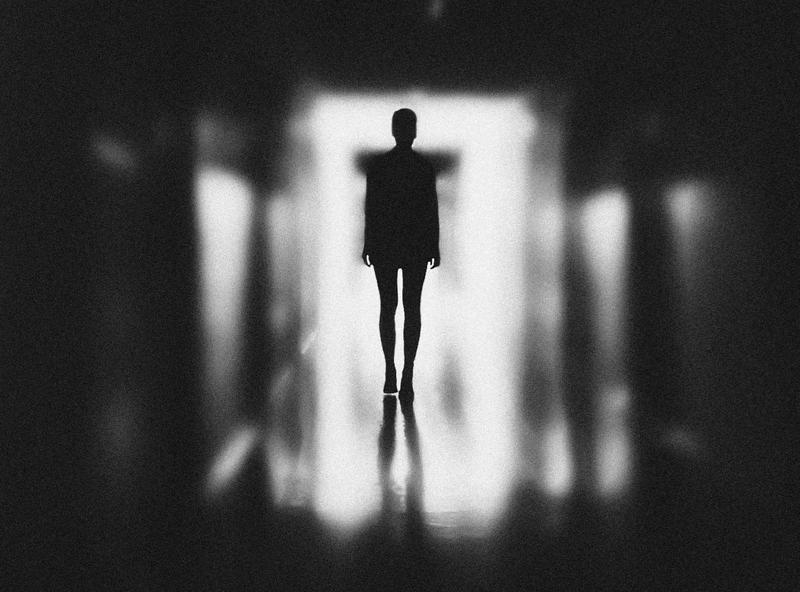 許多非「思覺失調症」的嫌犯濫用此疾病名稱,並以此試圖脫罪,導致該疾病受到汙名化。(取自Pexels,作者|Elina Krima)