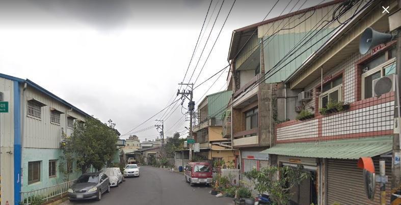 昨(24日)台中大雅區文化路一棟集合式民宅竄火釀1死。(翻攝自google map)