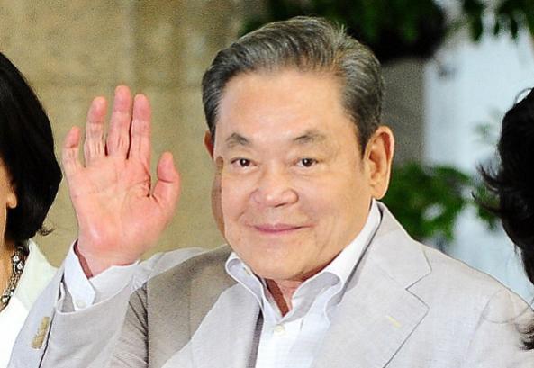 三星集團會長李健熙於今(25日)辭世,享壽78歲。(翻攝自朝鮮日報)
