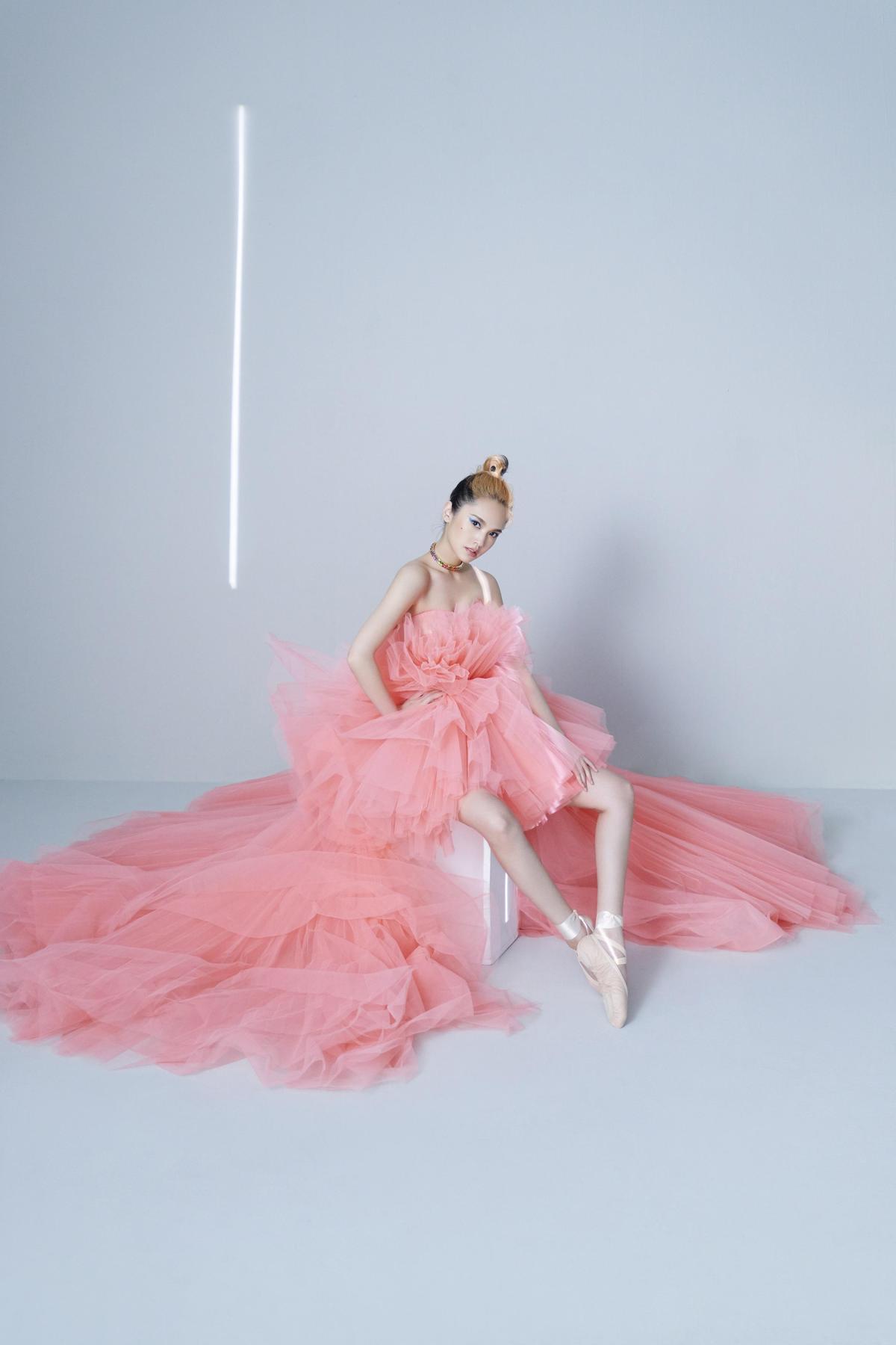 楊丞琳即將推出的《LIKE A STAR》,希望帶給大家更多的力量。(EMI提供)