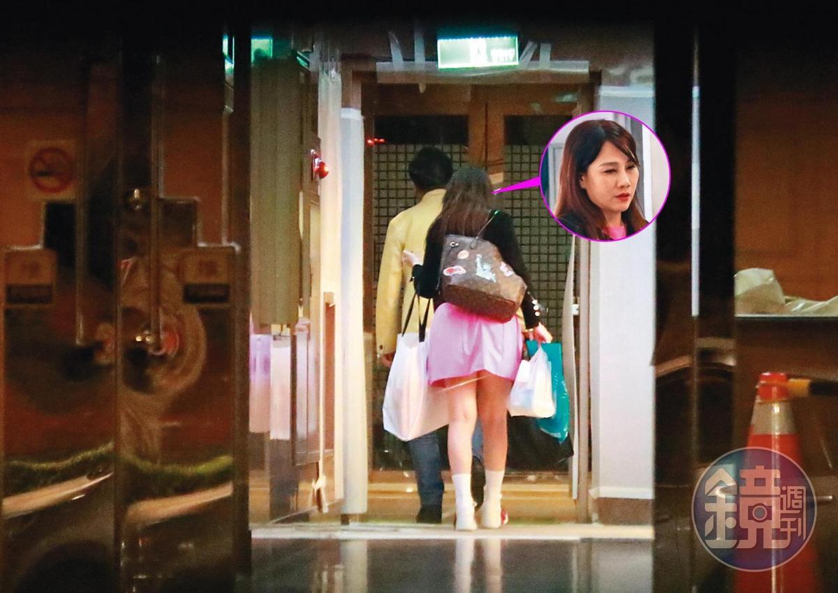 對比去年高國華和陳子璇返回的住處,和今年高國華帶濃妝妹回去的住宅是同一處。