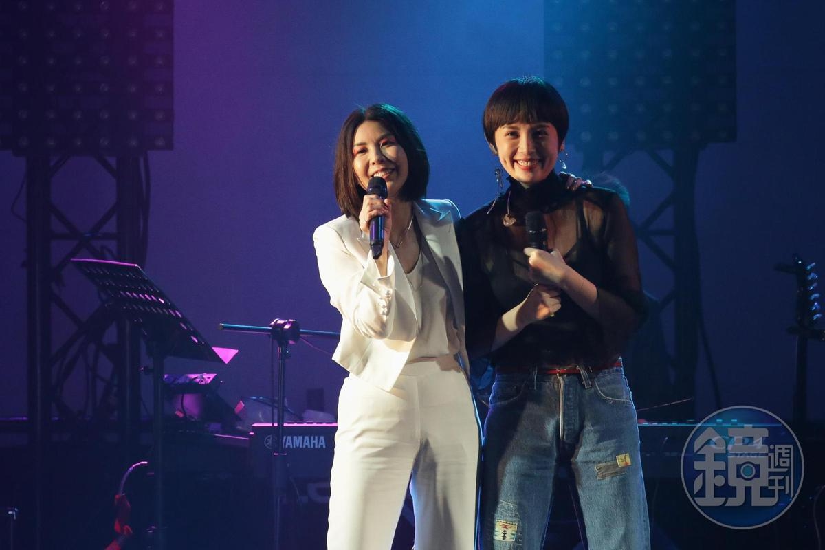 許茹芸(左)曾在2017的Legacy演唱中與魏如萱(右)同台。(本刊資料照)