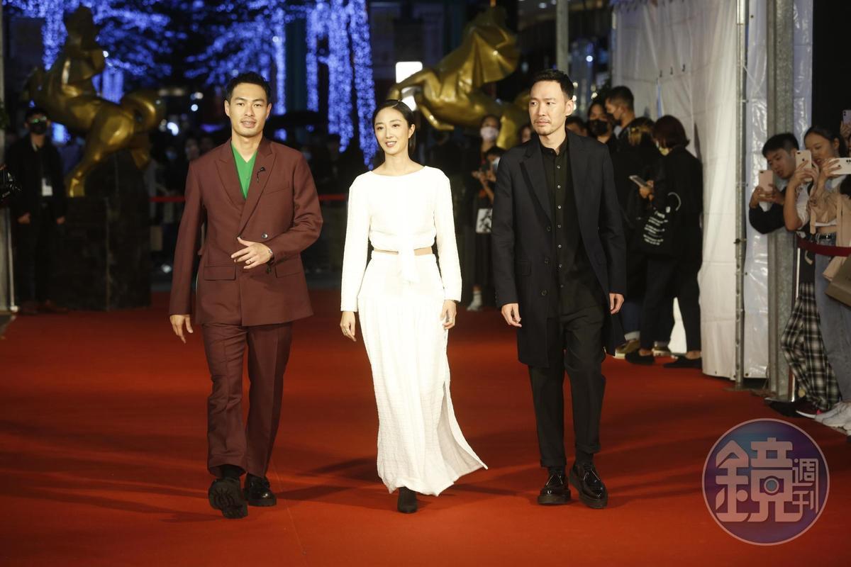 楊祐寧(左起)、桂綸鎂、張少懷踏上紅毯,為本屆金馬影展揭開序幕。