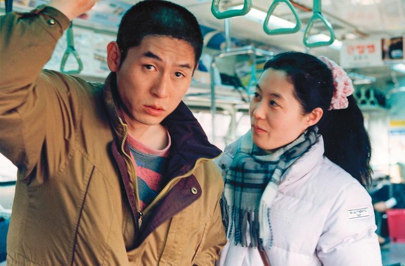甫出獄男子竟與被害者的女兒從差點強暴對方發展出動人的關係,導演李滄東揭露人性慾望,演員教人刮目相看。(翻攝自imdb)