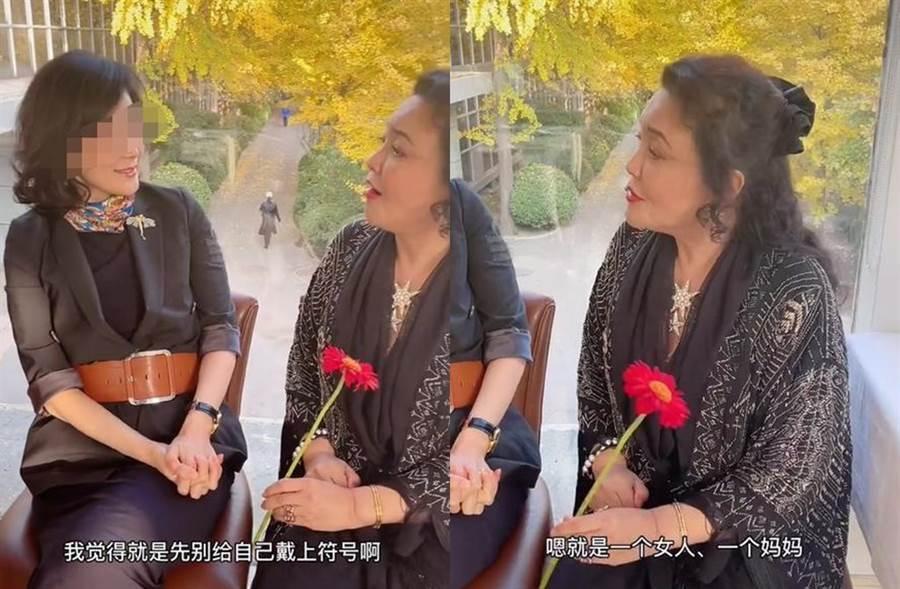 張蘭跟一群貴婦聊天,談到自己與媳婦的相處之道。(翻攝微博)