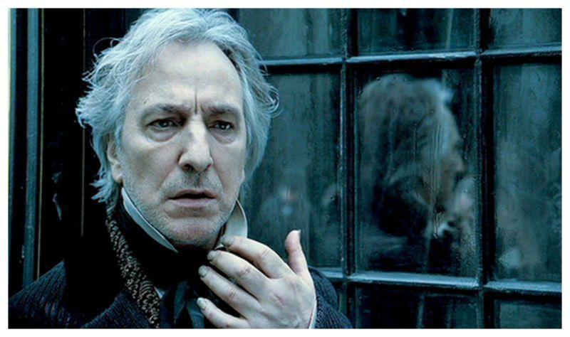 已故的《哈利波特》「石內卜」艾倫瑞克曼也有演出本片,扮演反派法官。(聯影)