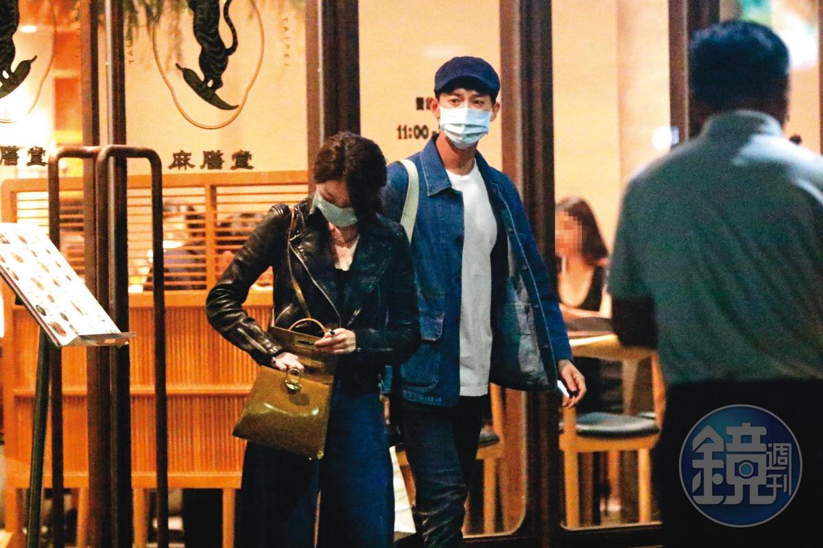 邵雨薇(左)和吳慷仁(右)被本刊拍到看舞台劇又吃飯,隨後雙雙大方認愛。