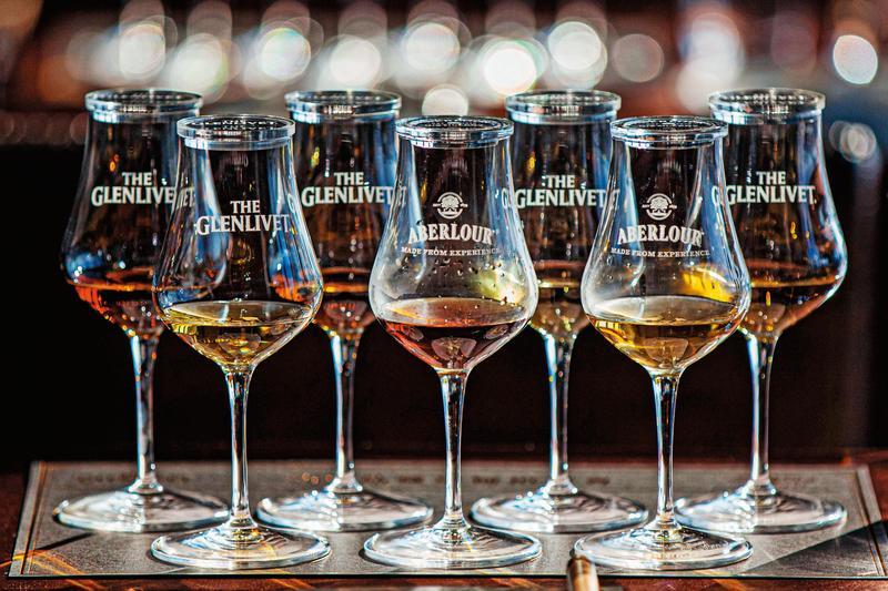 保樂力加「2020品藏單桶拍賣會」,重磅鉅獻格蘭利威與亞伯樂共7桶珍稀窖藏「Single Cask Edition」單桶系列原酒,再掀拍桶風雲。