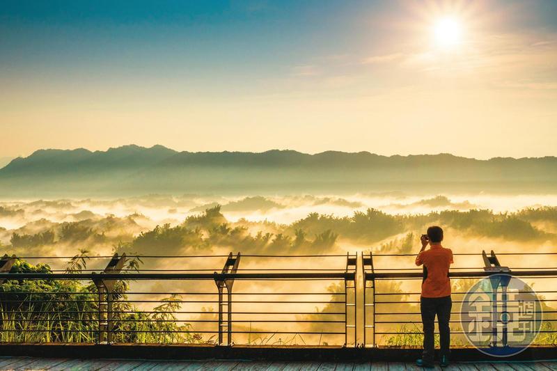 廣大觀景平台視野寬廣,是最佳拍攝地點。