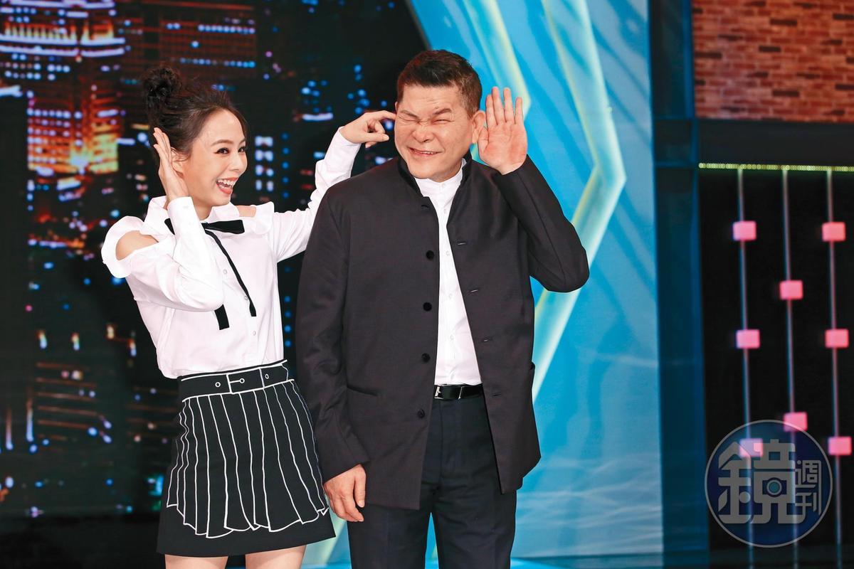 3月時澎恰恰(右)、孫淑媚(左)攜手主持八大第1台全新綜藝歌唱節目《樂來越好聽》。