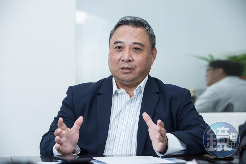 李坤蒼是衝刺型領導者,早期初入社會便獲得日本老闆賞識。
