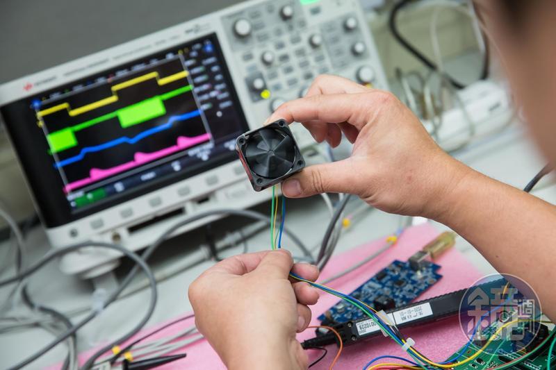 陞達的風扇多應用於24小時不斷電的伺服器,從研發到客戶測試驗證,平均週期為1年半。