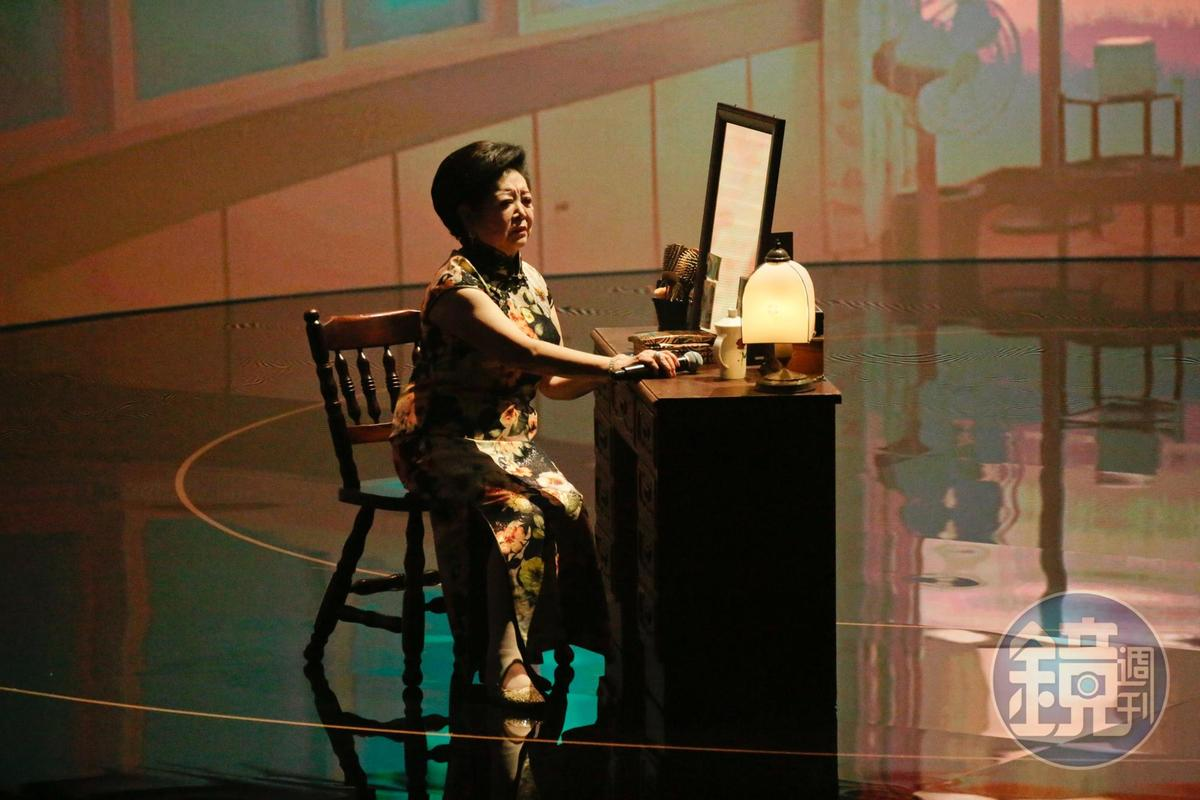 陳淑芳首度在作品中開金口,這一開也把她送上金馬獎的舞台,現場演唱入圍的《孤味》同名電影主題曲。